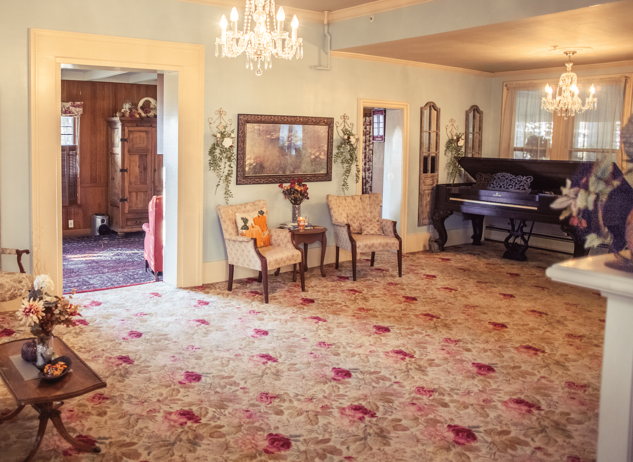 Carpeting comparison. Parlor looking southwest 2015