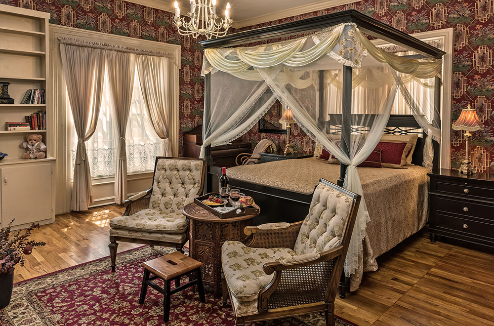 get romantic at our Missouri bed and breakfast