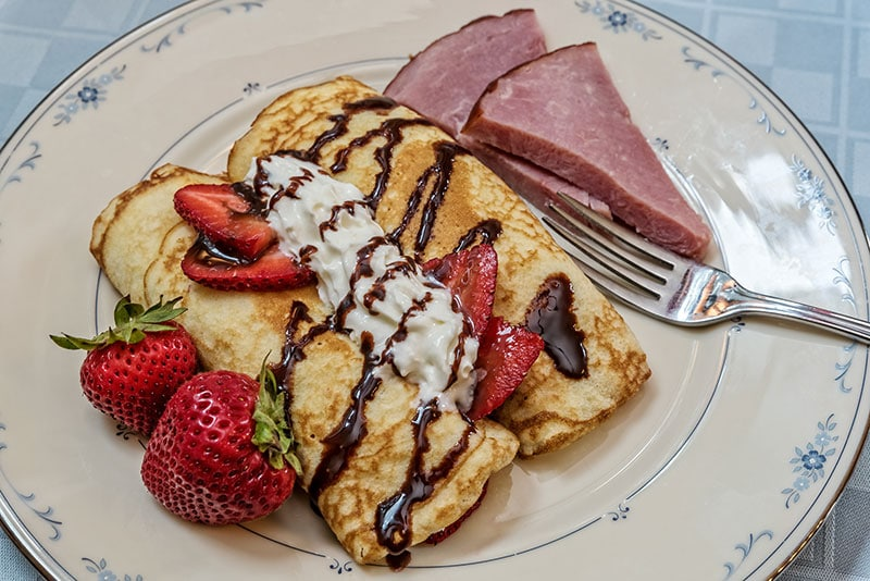 Breakfast - Strawberry Crepes