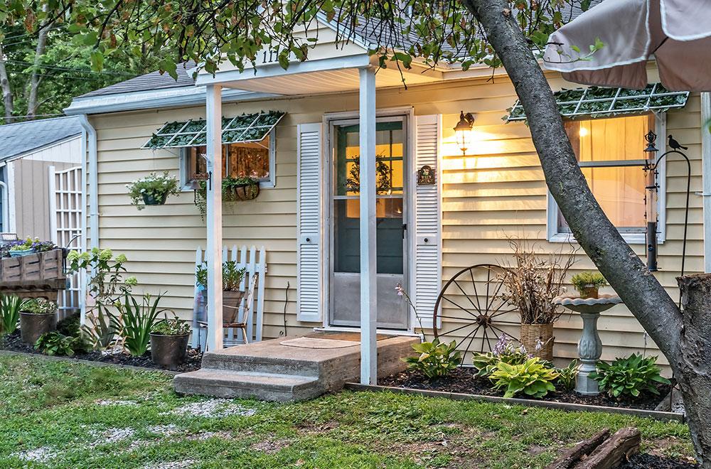 romantic cottages near Kansas City